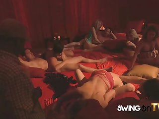 amateur swingers get on it like real champs
