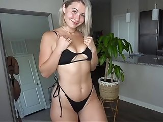 sexy youtuber trying on thong bikinis (pawg)