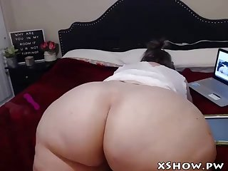 wet bbw whore cam flashing